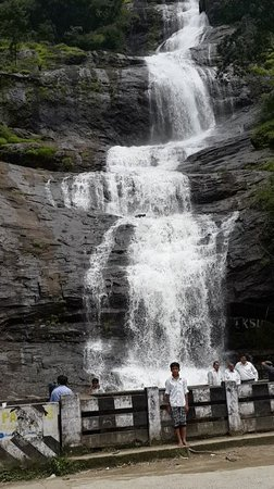 Idukki, India: Cheeyappara water falls