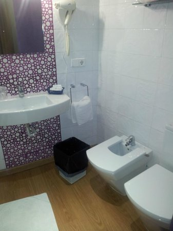 Hotel Dona Lola: Baño