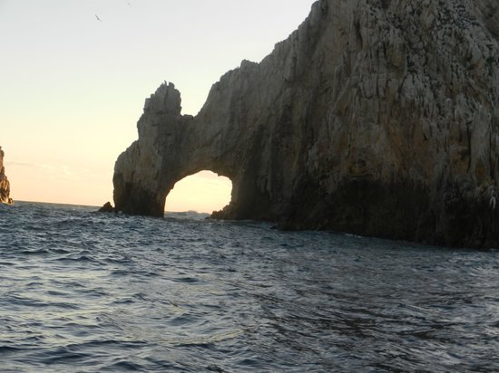 Solmar Resort: The famous arch from a sunset boat cruise
