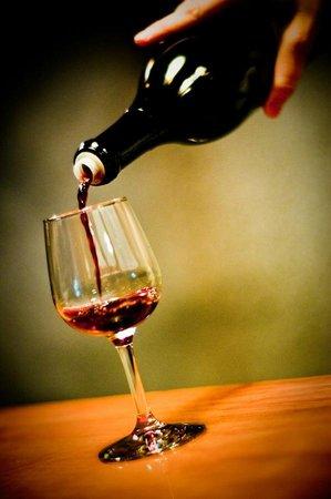 Dobra Zemlja Winery: Zinfandel