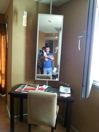 Ramada Ankara: the living room with large television me & Mustafa