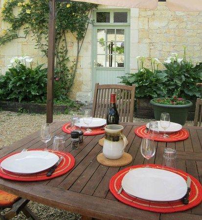 La Cotinière Chambres d'hôtes et gîte : Tables d'hôtes au printemps à la Cotinière