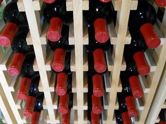 Buffalo Jump Winery : a beautiful selection of wines.