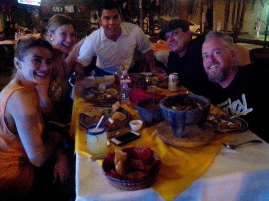 El Herradero Mexican Grill and Bar: Excelente Ambiente