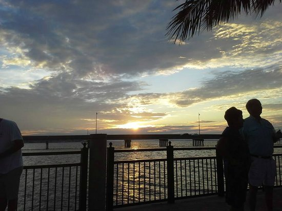 TT's Tiki Bar: October sunset