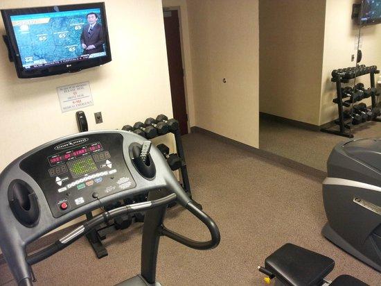 Fairfield Inn & Suites Raleigh-Durham Airport/RTP: Small gym