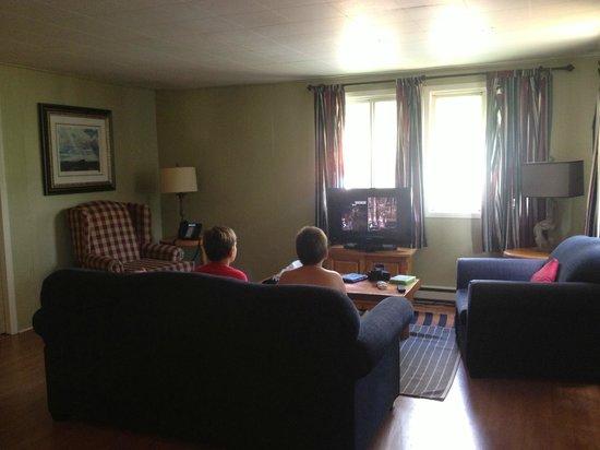 Calabogie Peaks Hotel: living room