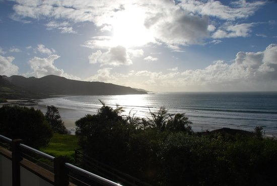 Ahipara Bay Motel : Late afternoon view from our balcony.
