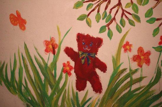 Teddy Bear Hostel Riga : на лестничной площадке