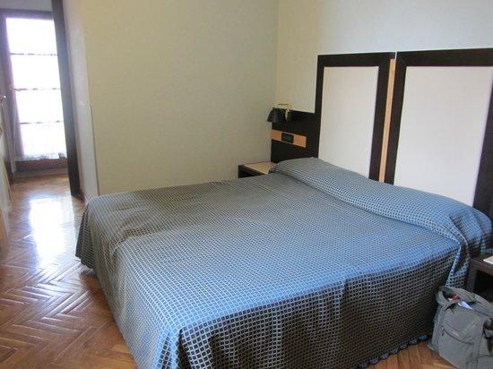 Hotel Duomo Firenze: bed