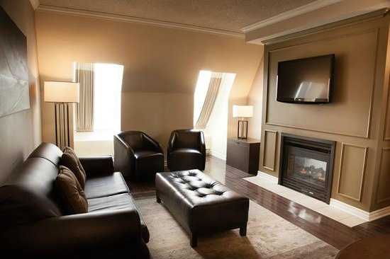 DoubleTree by Hilton Hotel Gatineau-Ottawa: Premium Suite