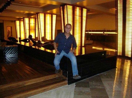 ME Cancun: Reception