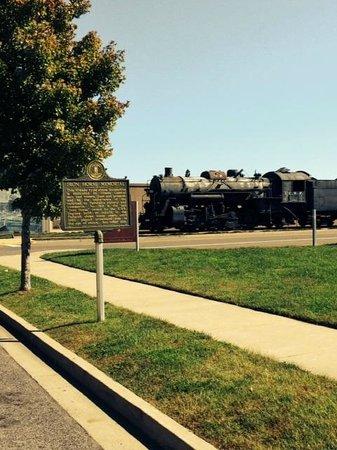 Paducah Riverwalk: Historical marker and train at riverwalk