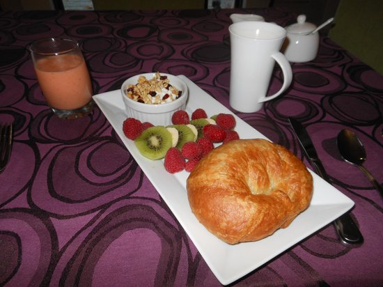 Breakfast at Cosy B&B