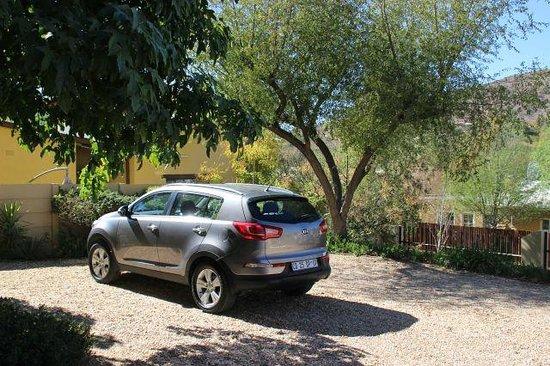 Maison Ambre Guesthouse: Parkmöglichkeit