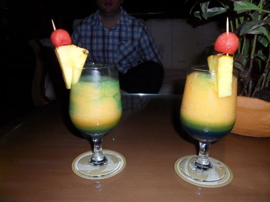 Grand Palladium Kantenah Resort and Spa: cocktails