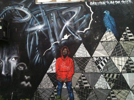 The Lanes : Grafitti