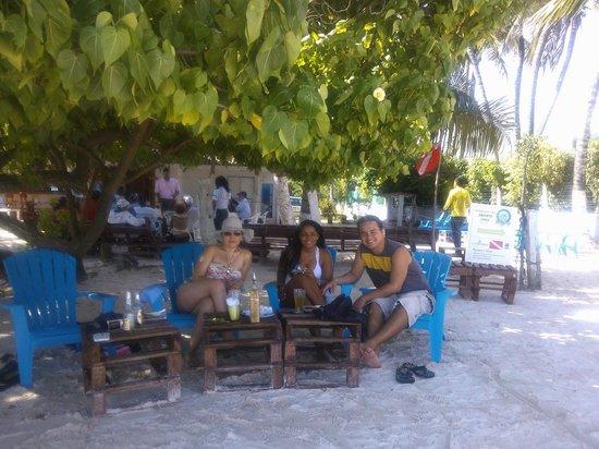 The Grog Rocky Cay San Andres: The Grog