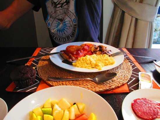 Simonstown Guest House : Hot breakfast