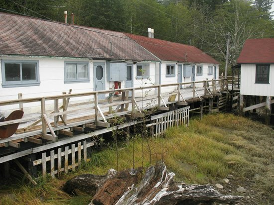 North Pacific Cannery Museum : Bunkhouse for families