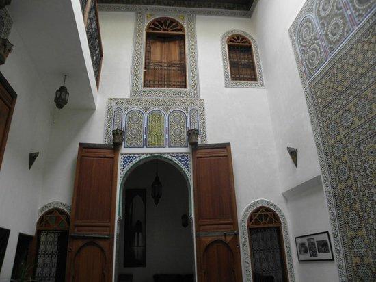 dar gnaoua: l'intérieur du riad