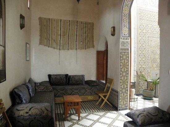 dar gnaoua: un salon