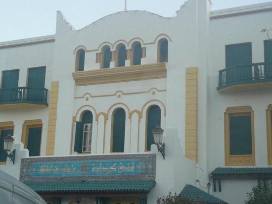 Bou-Saada, Αλγερία: Facade principale