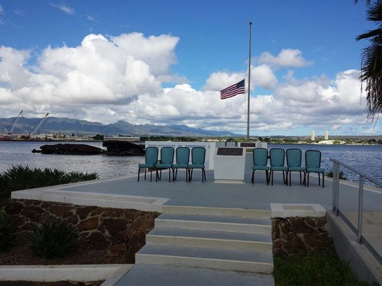 Gray Line - Polynesian Adventure Tours: Zhao at USS UTAH MEMORIAL.