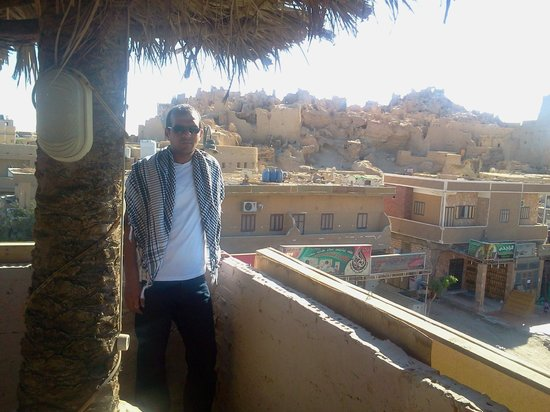 Sharazad Cafe-Restaurant: Me at Shahrazad - Siwa Oasis