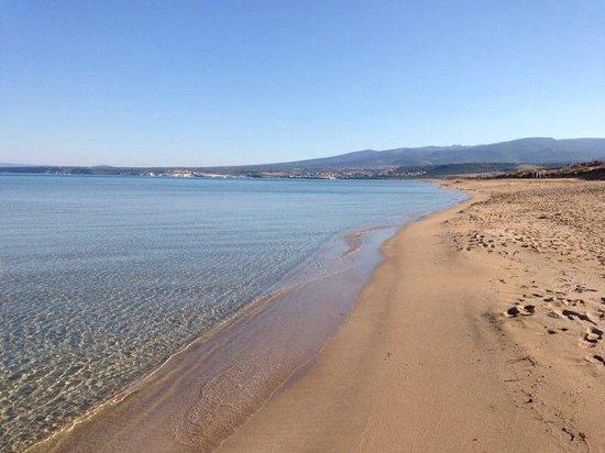 Is Arenas Camping Village: La splendida spiaggia fuori dal camping