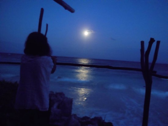 Azulik: La más bella salida de luna llena de marzo de 2013