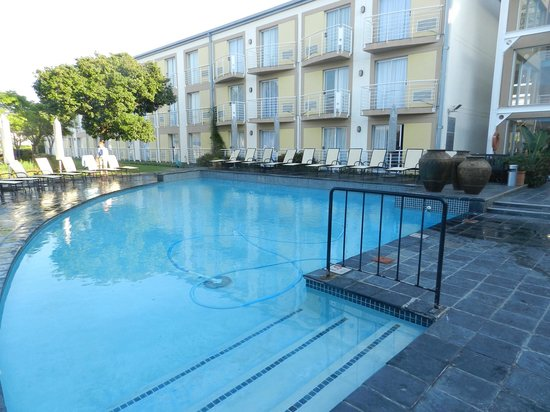 Protea Hotel by Marriott Knysna Quays: Swimming pool