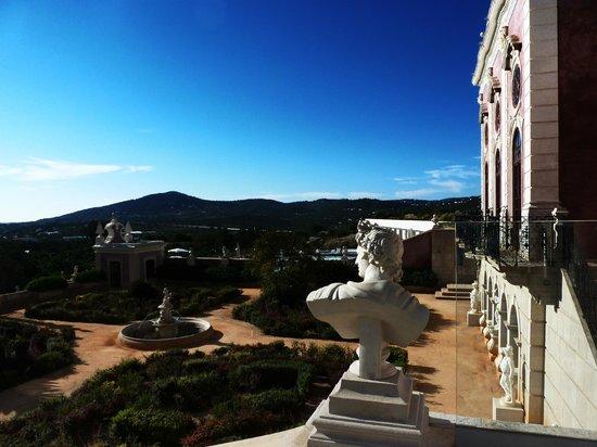 Pousada Palacio de Estoi: garden and pool view