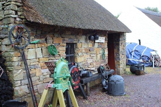 Kerry Bog Village Museum : Una delle case del villaggio