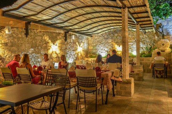 Hotel-Restaurant Mimbelli : Great dalmatian Cuisine
