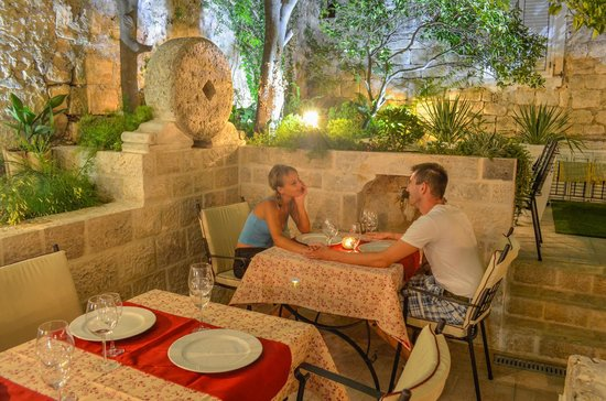 Hotel-Restaurant Mimbelli : Most romantic spot in Orebić