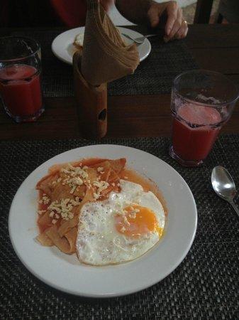 Mi Casa en Cozumel: Typical breakfast - Mi Casa Cozumel