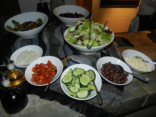 Shamwari Game Reserve Lodges: Dinner Barbecue