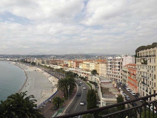 Hipark Nice: On top of the Cheteau...