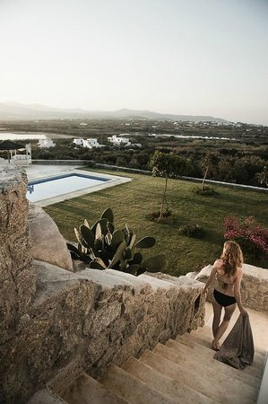 Naxian Collection: Luxury villa