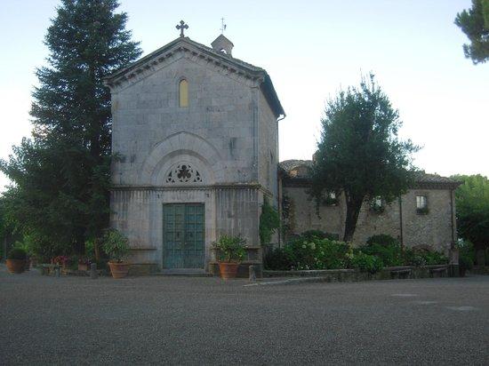 Hotel Borgo San Felice : The Chruch