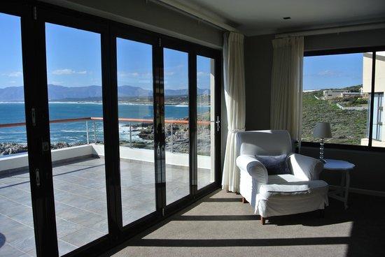 Cliff Lodge: Ocean Suite