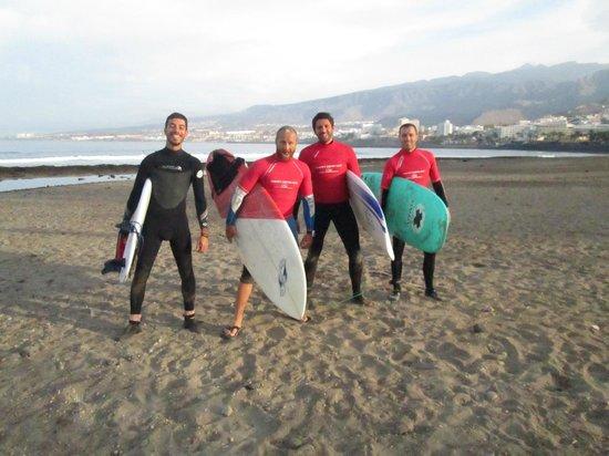 Tenerife Surfing Camp: playa de las americas