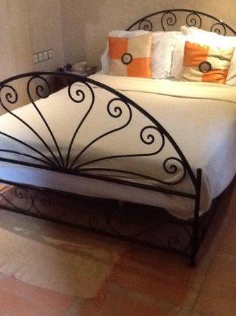 Riad Plein Sud : Amara bedroom