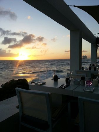 Saint Tropez Oceanclub : Zonsondergang