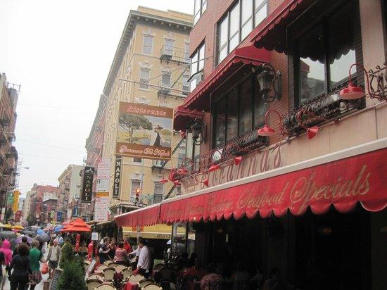 Giovanna's: Street view