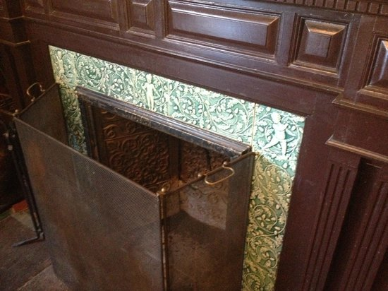 Le Perche: DR fireplace detail
