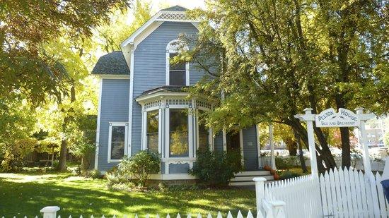 Pelton Guest House: cute b&b