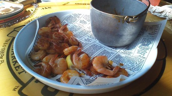 Bubba Gump Shrimp Co : エビのビール蒸し