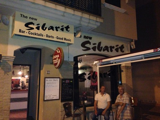 The New Sibarit : What an amazing place! They serve til you're done :)